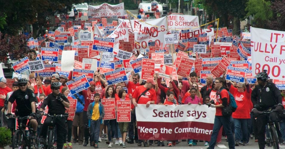 seattle_teacher_strike_wide_crowd